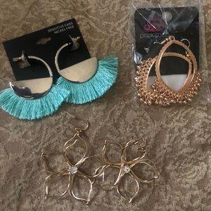 Miscellaneous earrings.